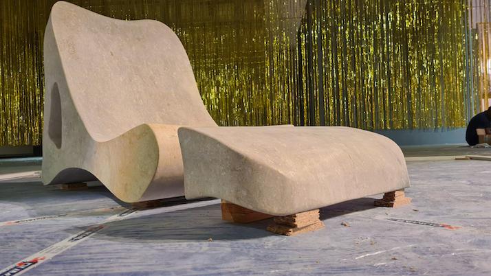 istituto salesiano san zeno verona scuola arte e automazione marmo marmomacc 2021 foto sedia chaise longue