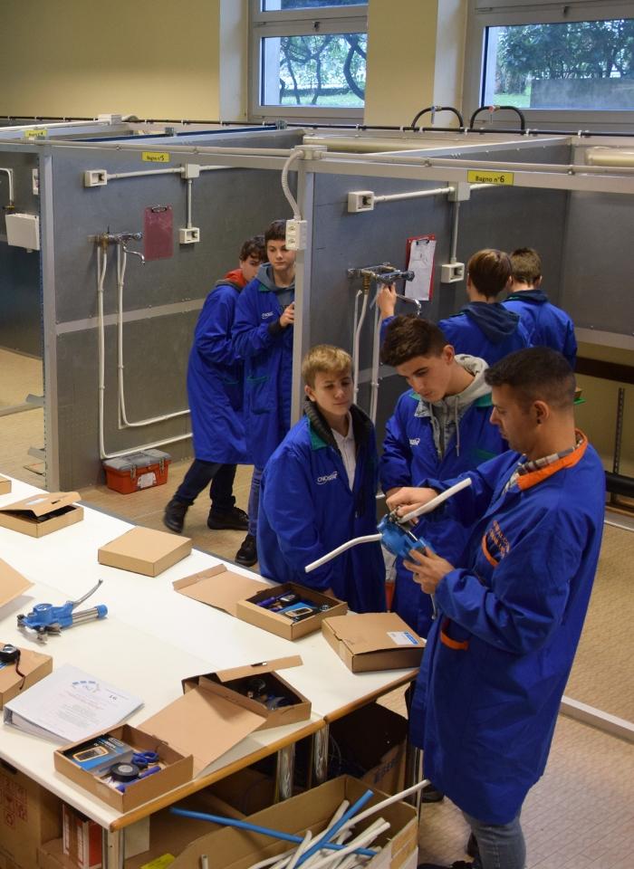 scuola-qualifica-elettro-laboratorio-02