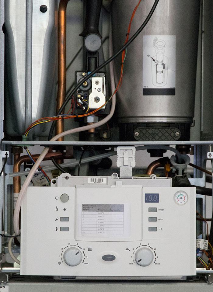 scuola-triennio-diploma-energia-termotecnica-laboratorio-02